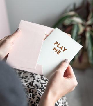 play me card